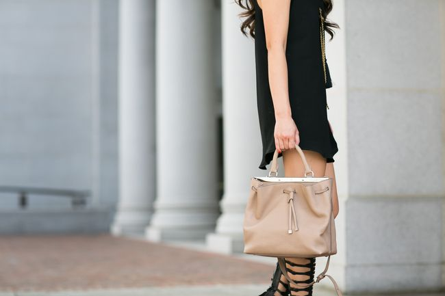 Gladiator :: Statement sandals & Tassel dress