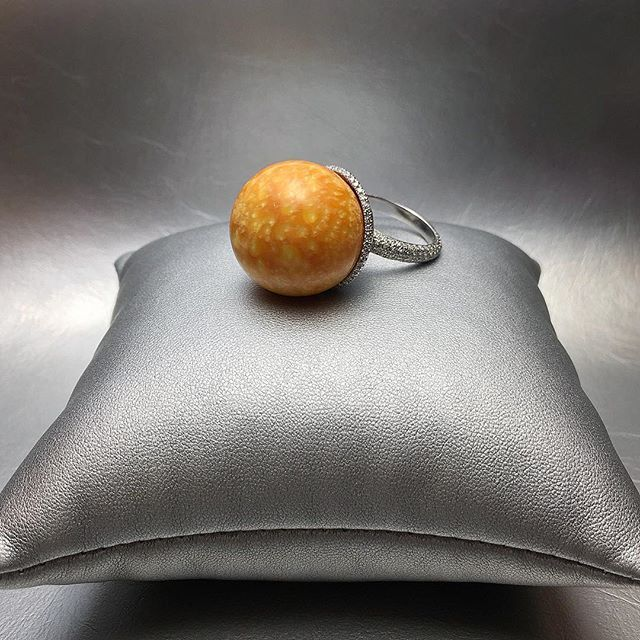 """David Morris--Our 74.46ct """"Leopard Melo-pearl"""" from the northern coast of Vietnam, prized by Emperors and Buddhists, declared Melo pearls were droplets from heaven #pearl  #vietnam #diamond #melo"""