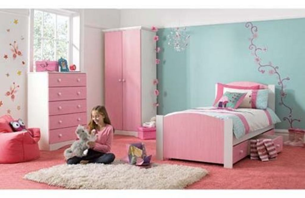 blue and pink little girl bedroom. www.rilane | modern kids