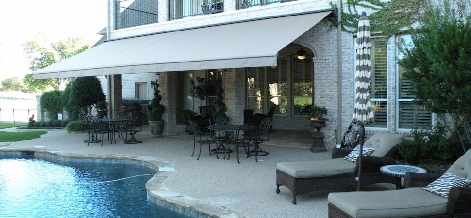 Retractable Awnings Now Come With Pitch Adjustment Feature Which Allow You To Raise Or Lower The Front Bar To Meet Backyard Patio Backyard Shade Dream Patio