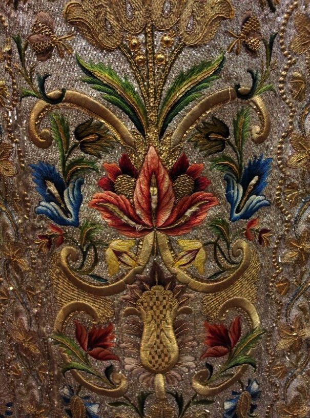 Beautiful Jacobean Crewel Embroidery Using Gold Metallic