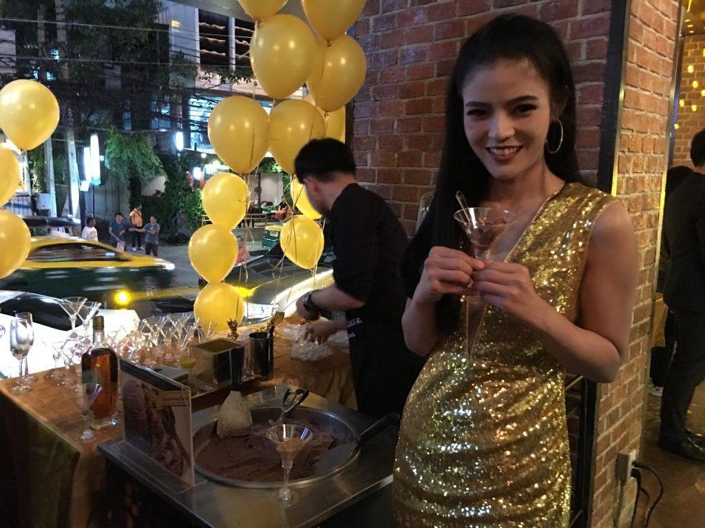 タイ人とのデートにおすすめレストラン Nana駅近く Alex Brasserie