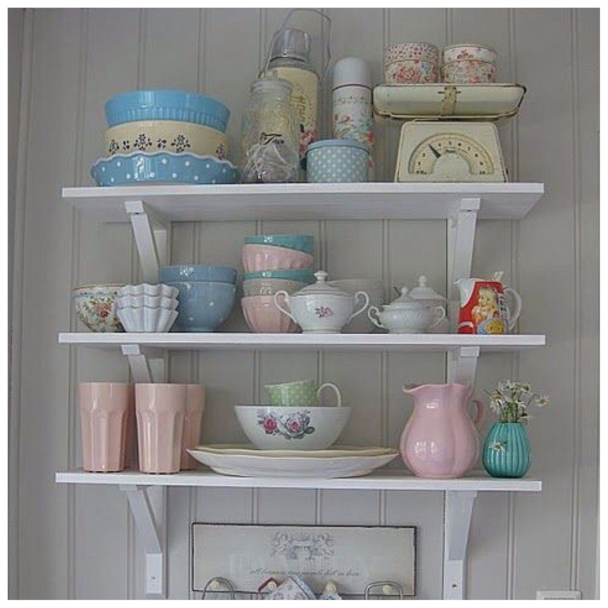 Decoraci n 3 estilos para decorar estanter as de cocina macetas en 2019 y - Decoracion de estanterias ...