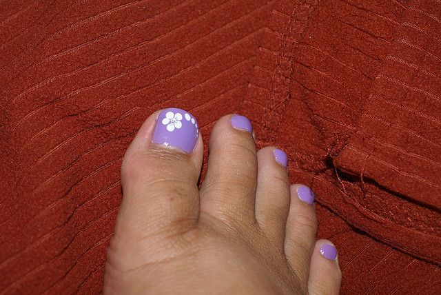 White Flower Nail Art On Purple Toe Nails In 2018