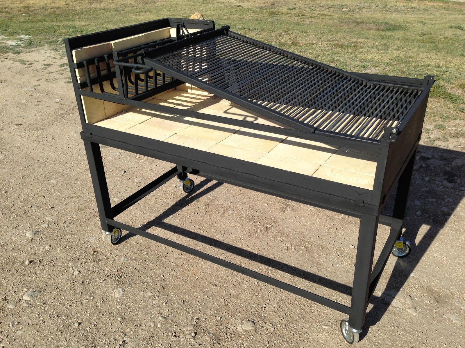 Diy Argentine Grill Plans Home Ideas Outdoor Kitchen Bars Charcoal Grill Argentine Grill