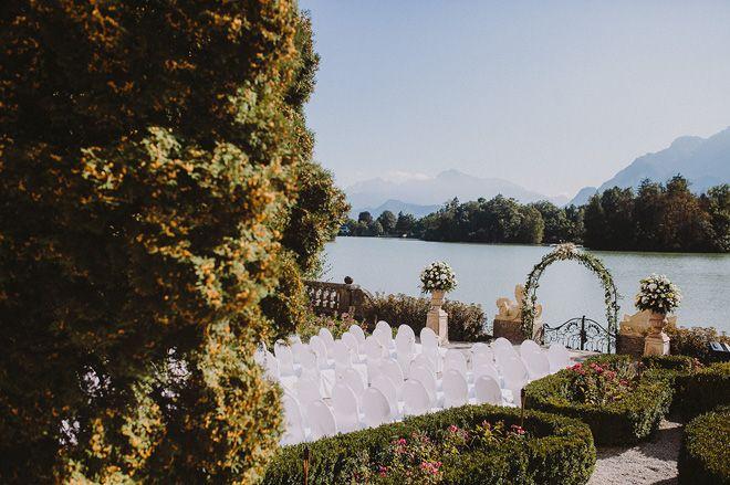 Ein Jawort Am See Hochzeit Im Schloss Leopoldskron Von Roland Faistenberger Fraulein K Sagt Ja Hochzeitsblog Hochzeit Am See Hochzeit Hochzeit Location