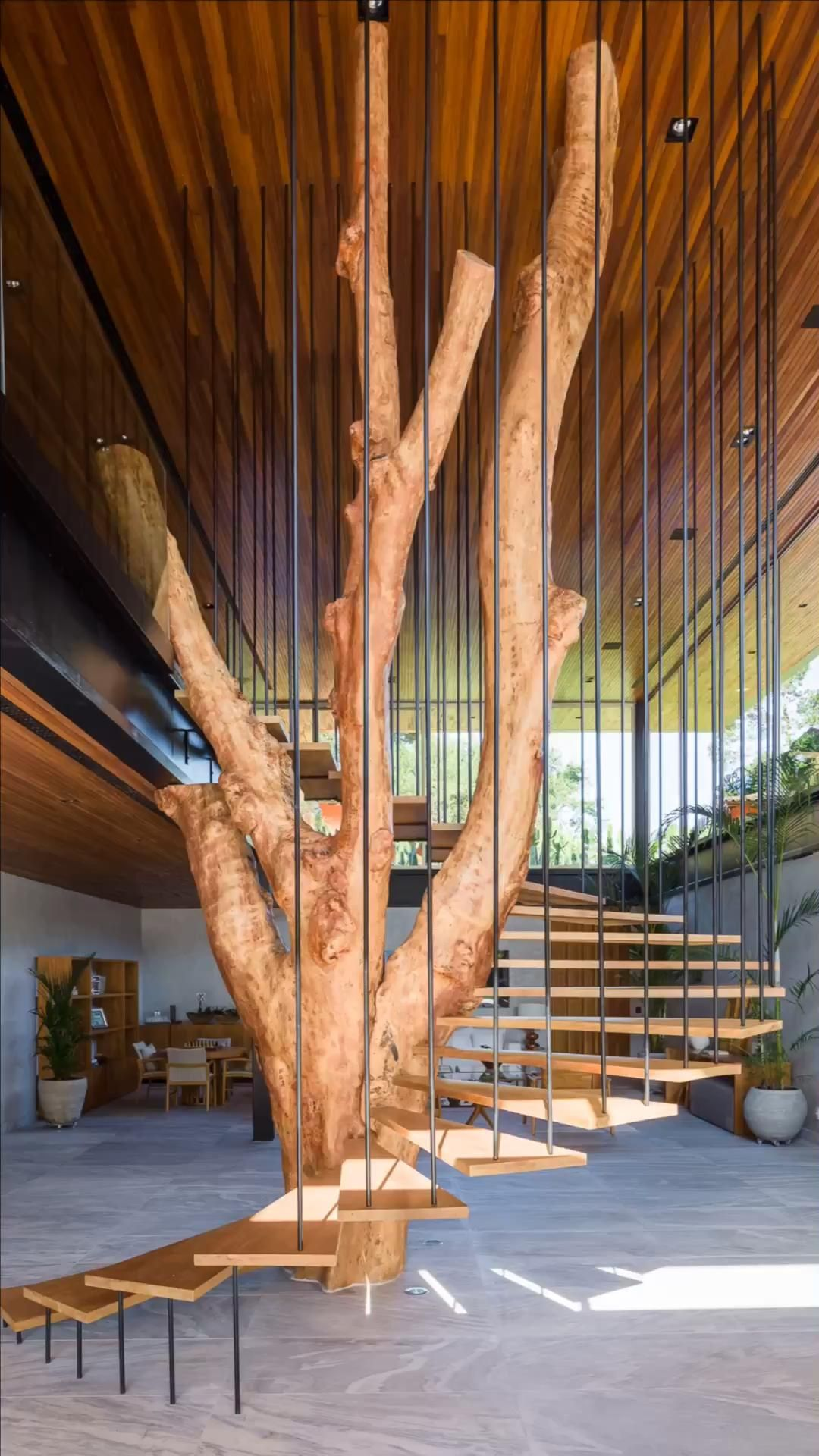 The Sao Paulo-based architecture firm Klam Arquitetura led by Anderson Muniz has descined Z.C. Residence, a single-family home located in Ubatuba, São Paulo, Brazil.  #brazil #tree #treehouse #saopaulo #wood  #architecture #architect #amazing #travel #amazing #decor #interior #interiordesignideas #interiordesigner #design #diy #home #house  #staircase #staircaseideas #staircaserailings