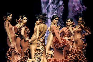 Namitha free naked image