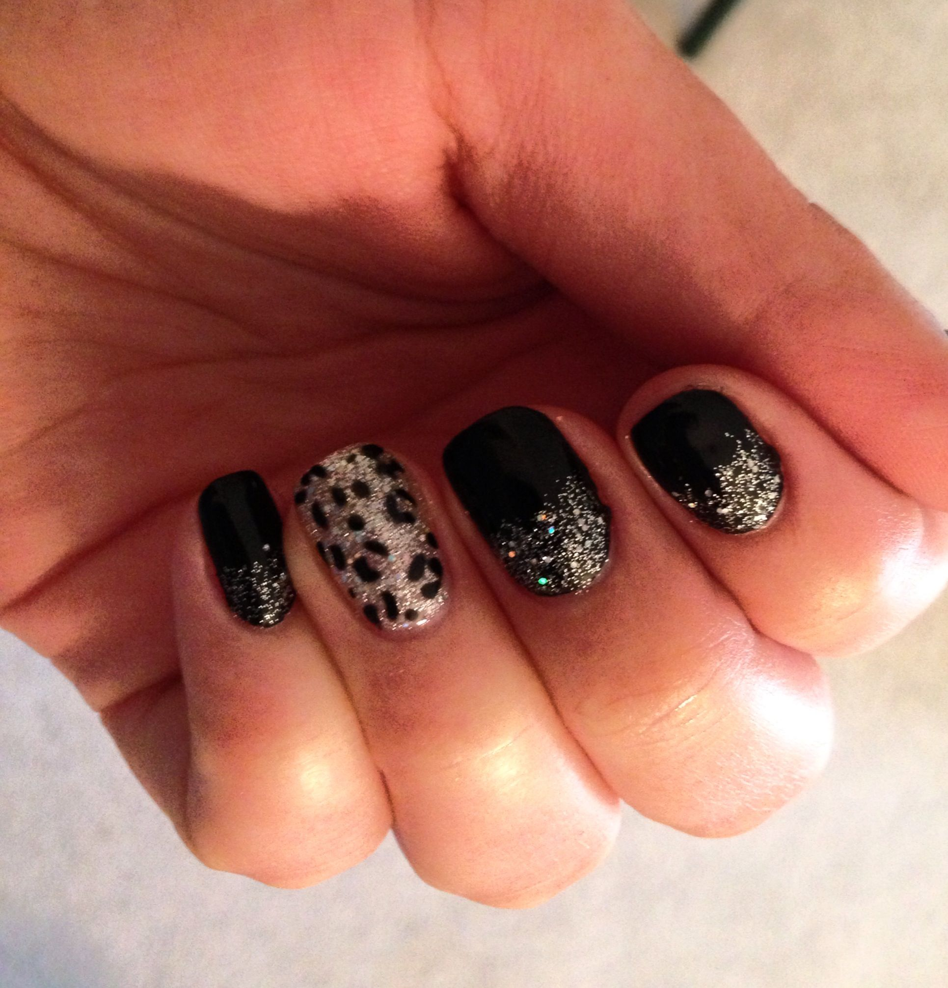 Finally get to pin my own picture!!! I love no chip manicures! Got ...