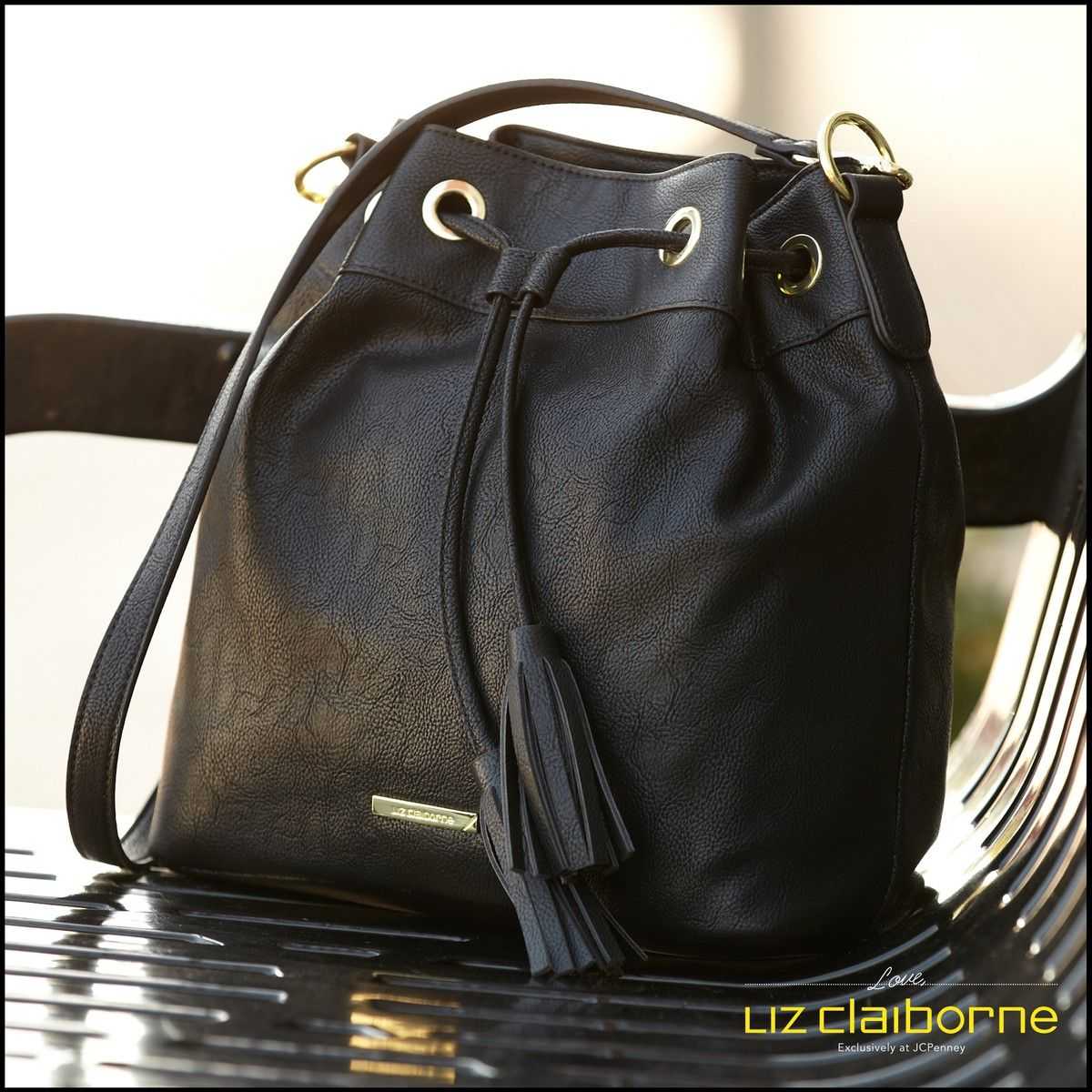 8fd819576d Absolutely love this Liz Claiborne purse. It matches so many outfits and  holds just the right amount