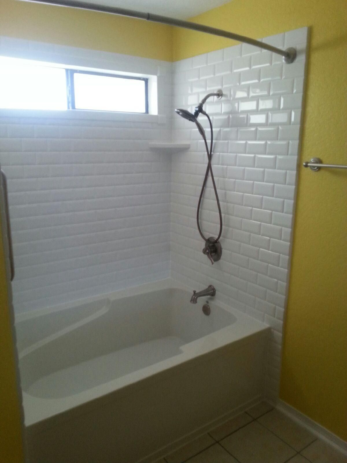 Rebath Classic Subway Wall System with 60x40\