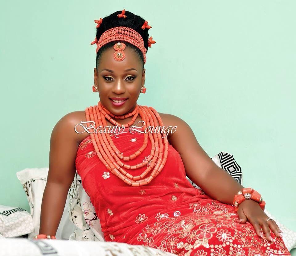 ιgвσ вяιє edo statebenin traditional wedding attire