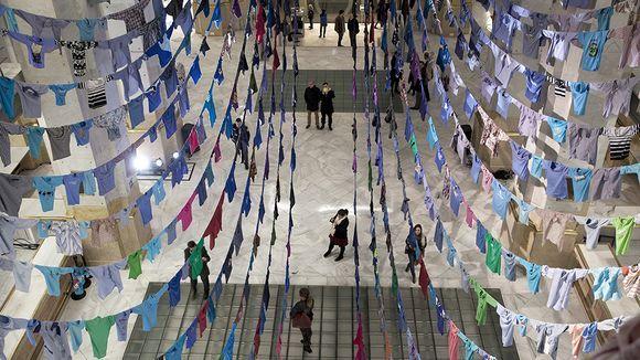 Kaarina Kaikkosen installaatioteos Arco Madridissa helmikuussa 2014.