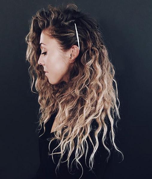 Beach Weaves Con Fermaglio Di Cristalli Hair Hair Hair Styles
