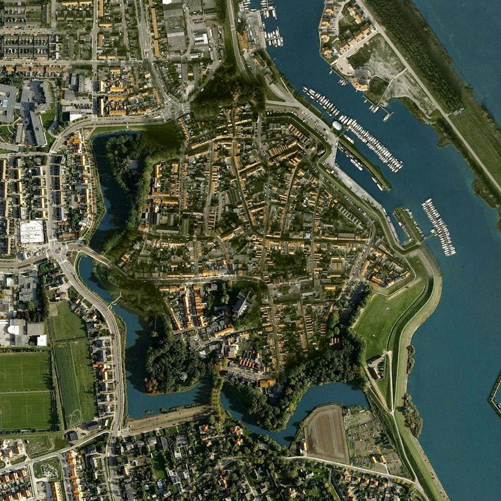 Tholen, Nederland Day 3: Sail To Tholen. Cycle To Kreekrak