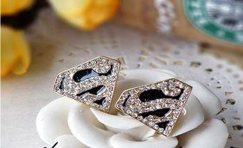 13.40 euro incl shipping Korean style golden imitation genstone Superman logo triangle S-shaped earring
