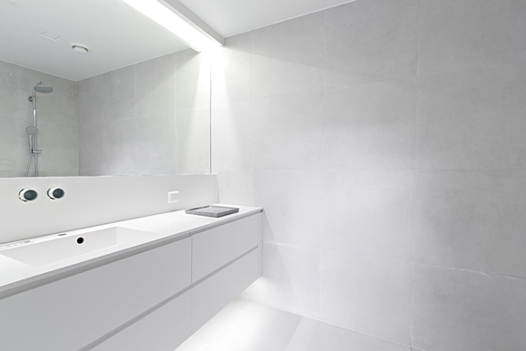 valkoinen,kylpyhuone
