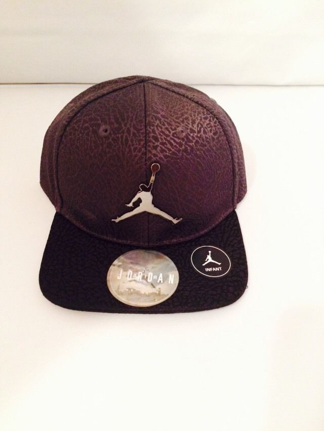 15196d8d528 NWT Air Jordan Steel Color Baseball Cap Boys Infant 12-24 Months Chrome  Logo  Nike