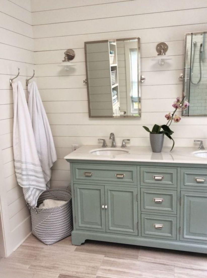 Nice 50 Best Farmhouse Master Bathroom 2019 Http Decorhead Com 2018 10 12 50 Best F Bathroom Vanity Makeover Rustic Master Bathroom Farmhouse Bathroom Vanity