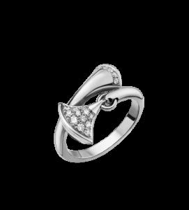divas dream luxury diamond ring by bulgari fashion sensation