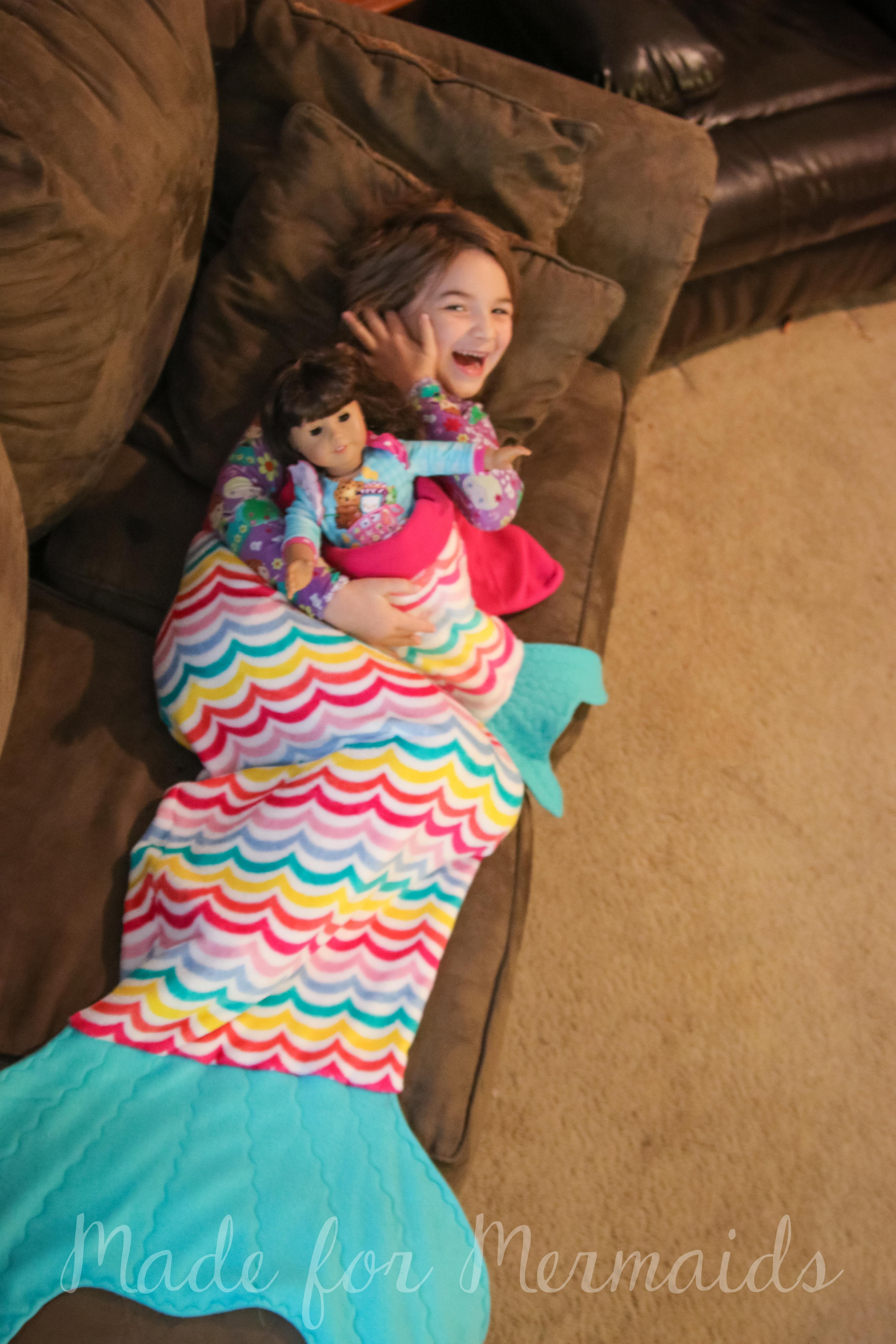 Free mermaid tail blanket for children and dolly free mermaid