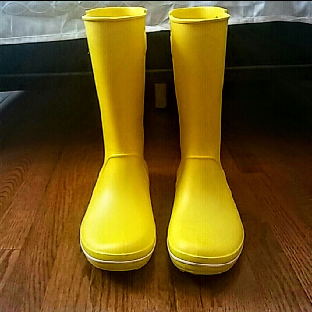 Crocs Yellow Rain Boots | Yellow rain boots, Crocs and Products
