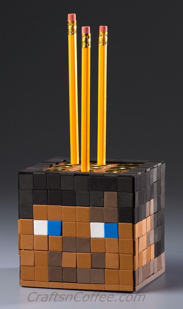DIY Minecraft craft for kids