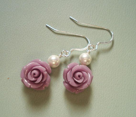 Lavender Rose Flower Pearl Earrings, Bridesmaid FlowerPearl Pearings, Lavender Flower Earrings, Bridal/Wedding Jewelry