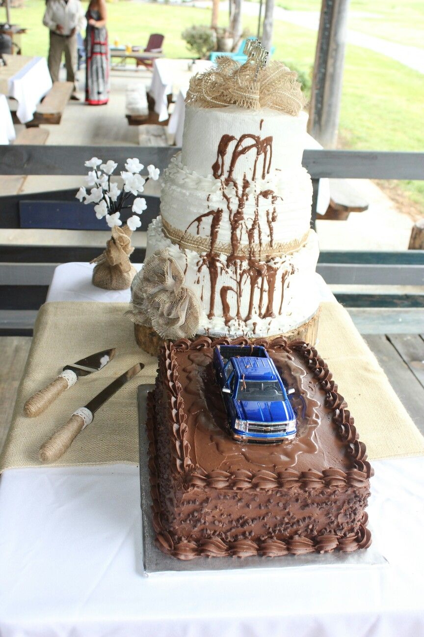 This would be cute if the chocolate cake was designed different and country wedding cake truck stuck in a mud hole outdoor wedding cake ideas redneck wedding cake mud splatters burlap cake table chevrolet 3 tier wedding cake junglespirit Gallery