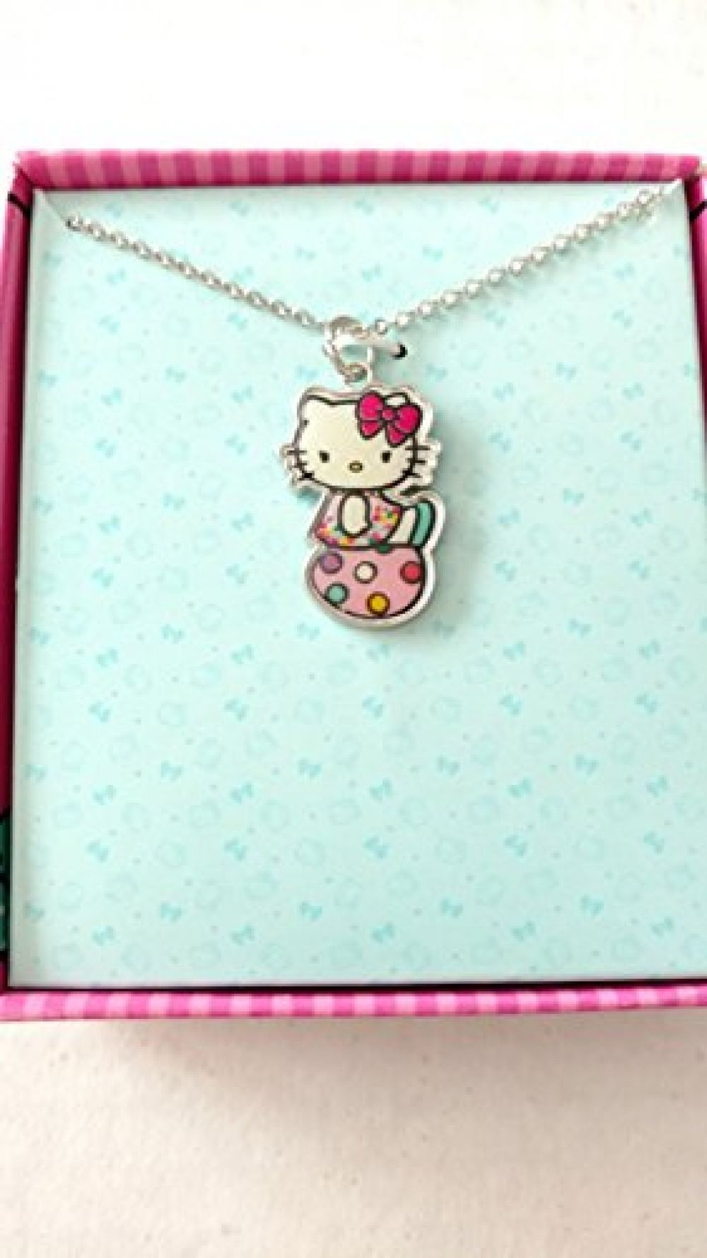 Hello Kitty Necklace w 16 Chain + 2 Ext  0ef541ec7