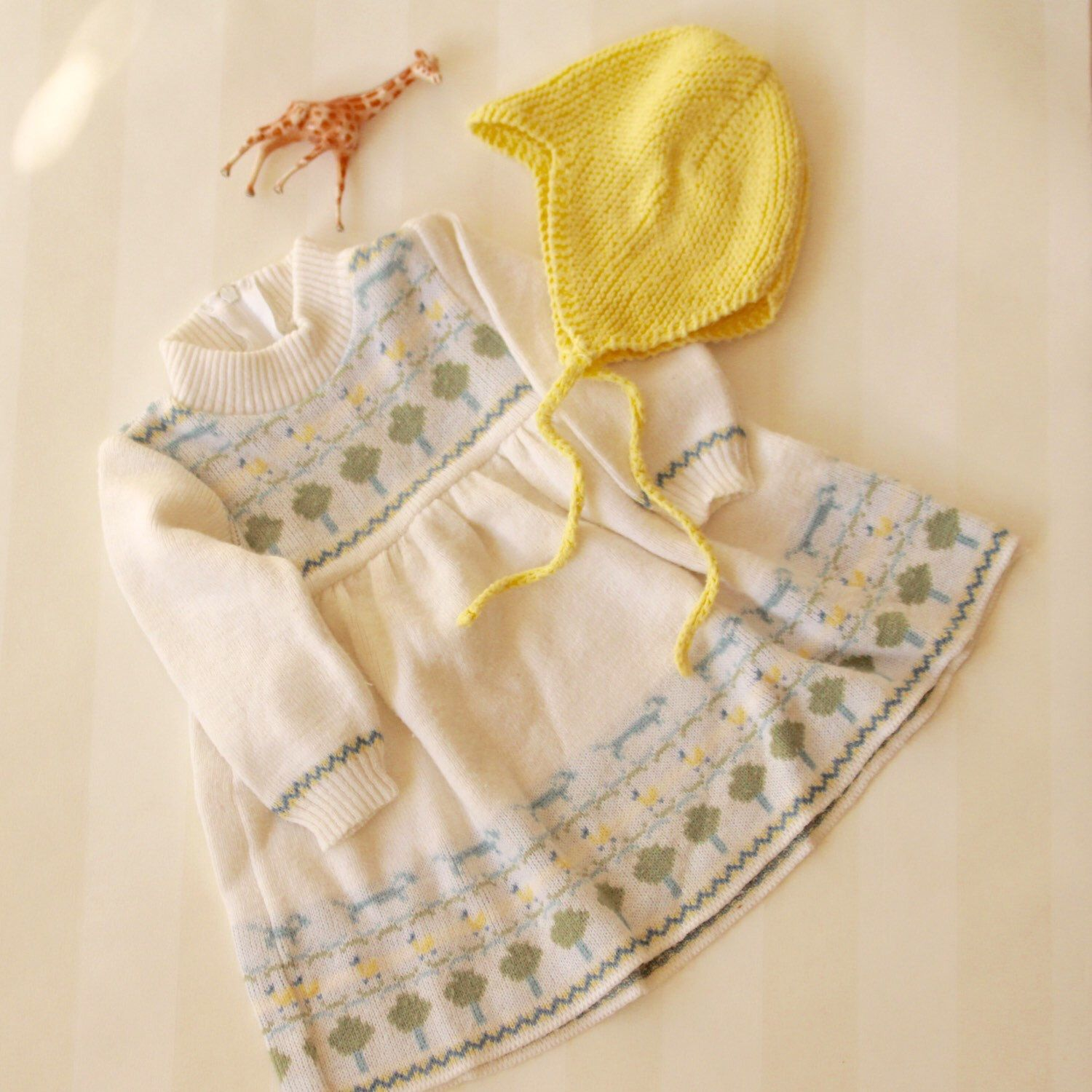 73dcc4026 Oh these warm and pretty baby dresses in knit Check out the ...