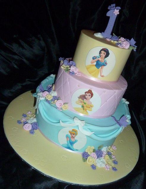 Disney Princess Sophia S First Birthday Cake Disney Princess Cake First Birthday Cakes Princess Birthday Cake
