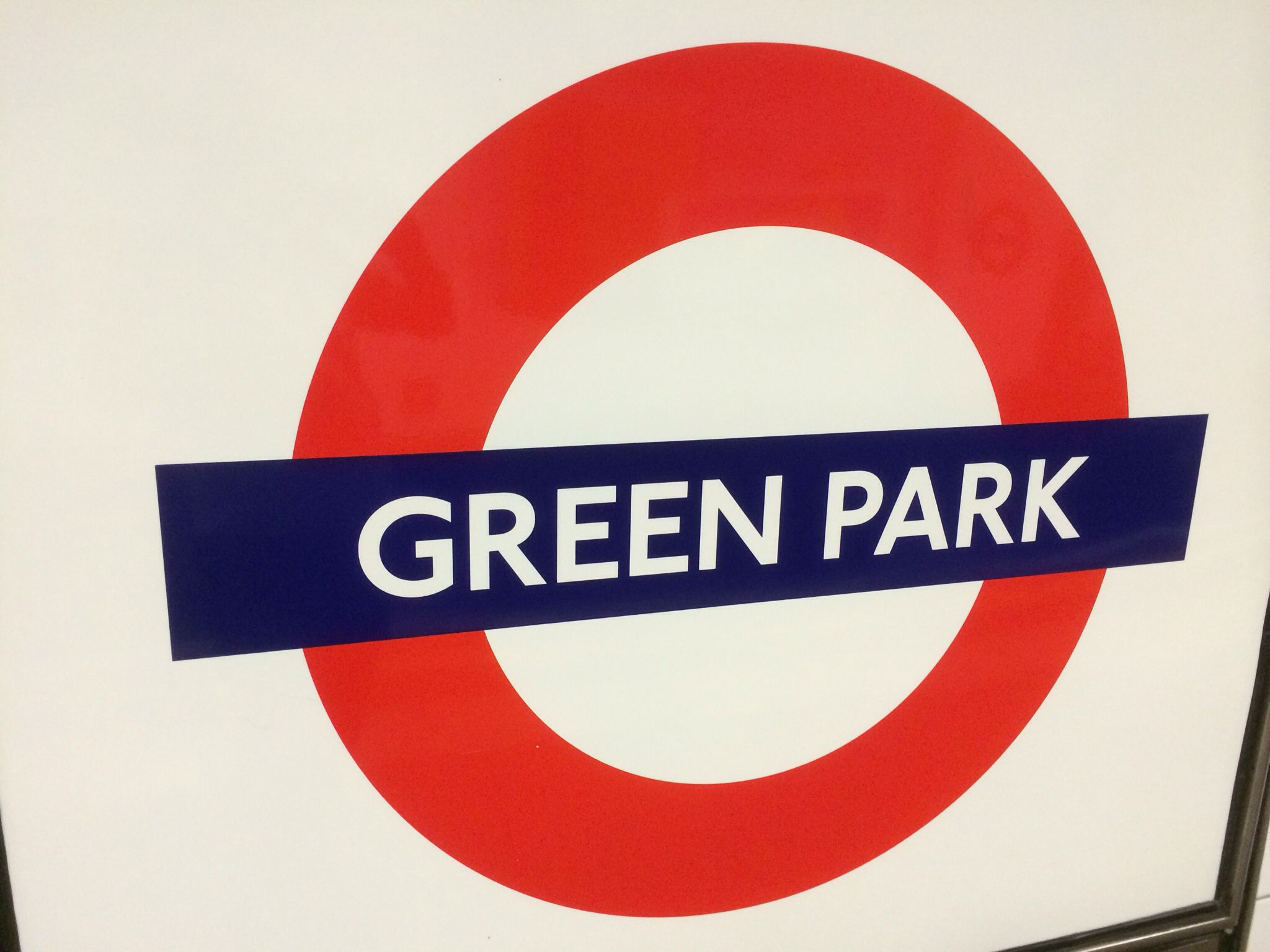 guide to perivale tube station in london