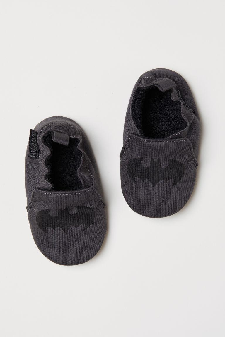 Miekkie Kapcie Ciemnoszary Batman Dziecko H M Pl Soft Slippers Batman Kids Slipper Socks
