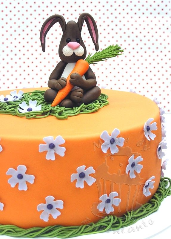 Ostern Torte Motivtorte Ostertorte Fondant Blutenpaste Modellieren Motivtorten Ostern Ostertorte