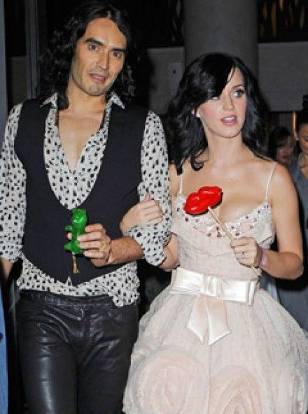 Rus Brand And Katy Perry Revealed S Celebrity Wedding Guest List