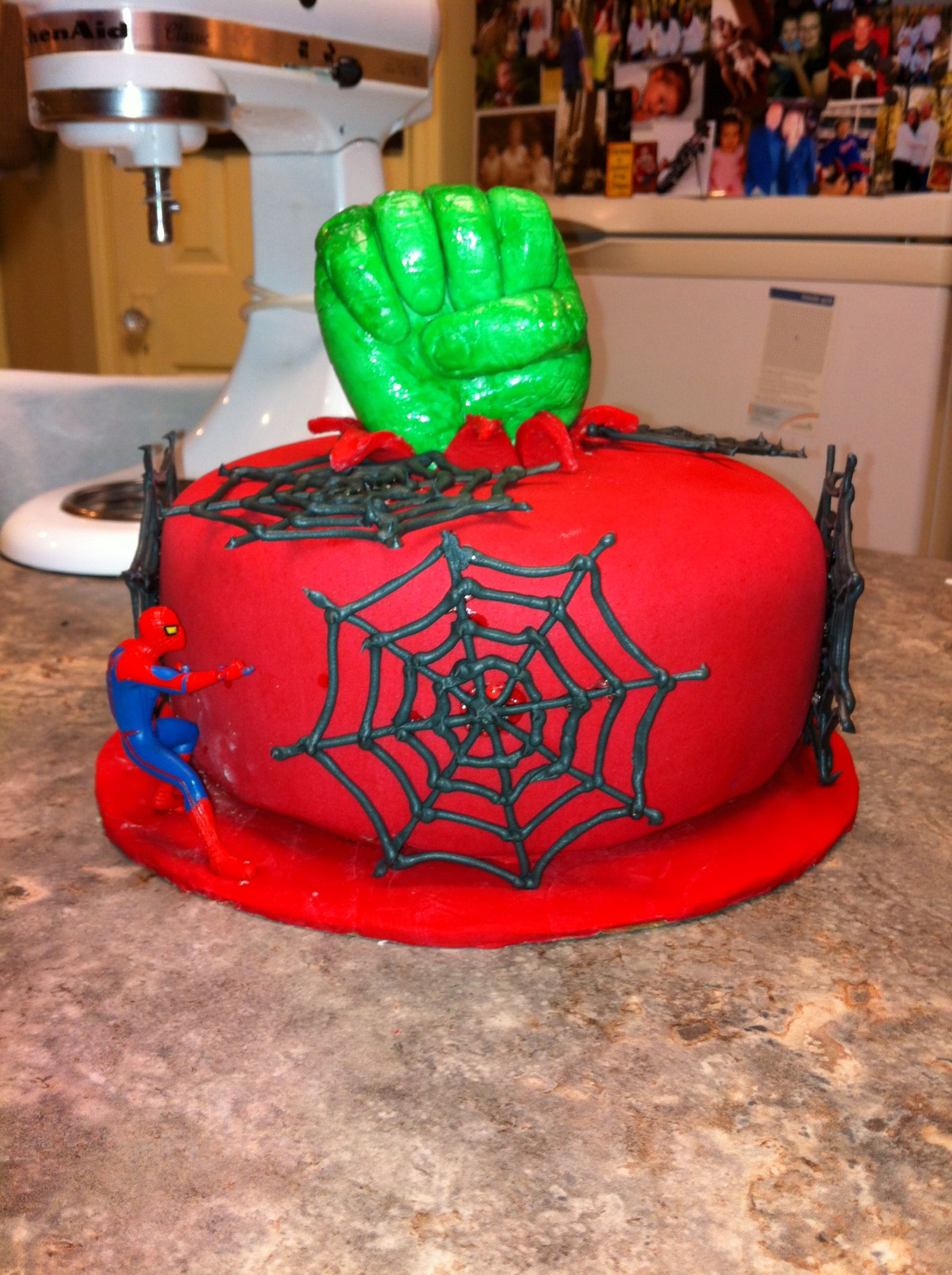 Hulk Spider-Man cake
