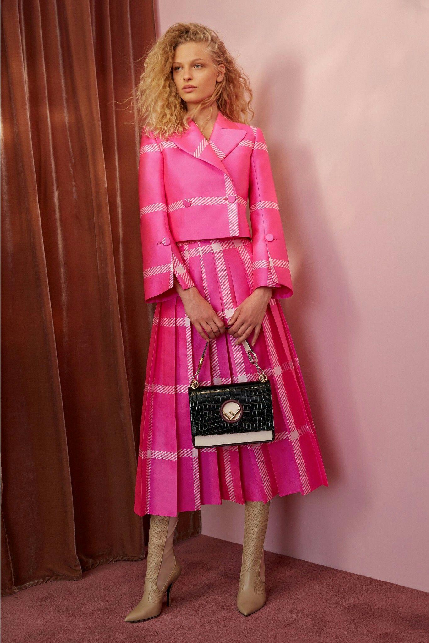 Pin de Norma Brodery en ropa fashion | Pinterest | Elegancia, Puros ...