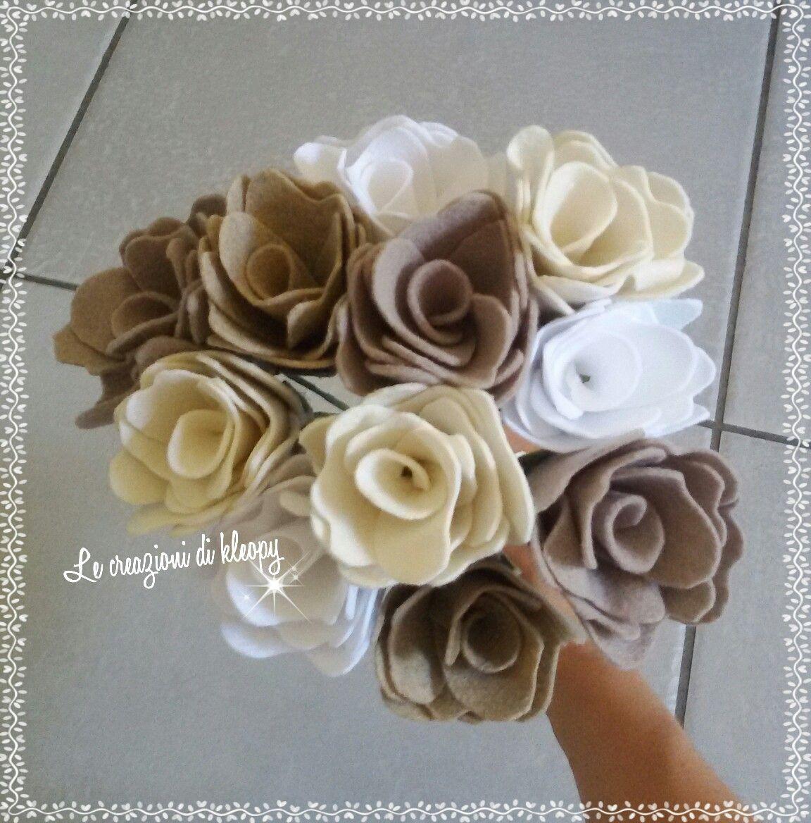 Mazzo Di Fiori Feltro.Bouquet Di Rose Di Pannolenci Ritagliate A Mano Scopri Il