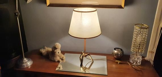 Table lamp tripod in solid brass Vintage lamp in golden brass 1950