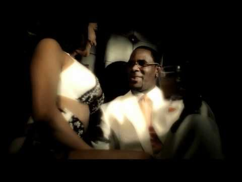 "R. Kelly ""Its On"" featuring DJ Khaled & Ace Hood http://rollingsoulbrasil.blogspot.com.br/2012/05/video-r-kelly-em-its-on-feat-dj-khaled.html"