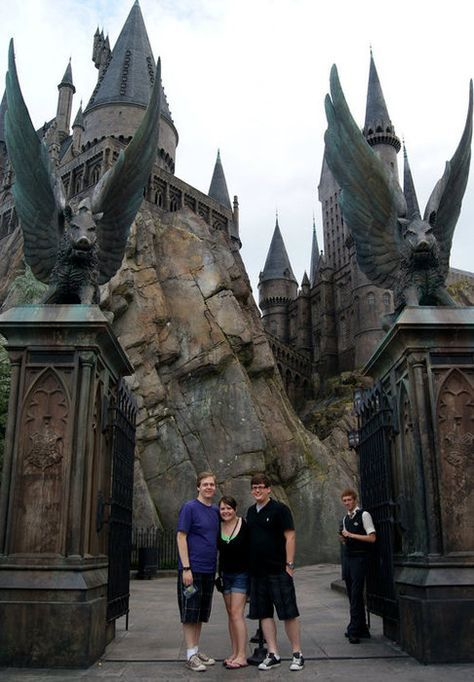Things To Do At The Wizarding World Of Harry Potter That Other Reviews Missed Wizarding World Of Harry Potter Harry Potter Universal Studios Orlando Travel