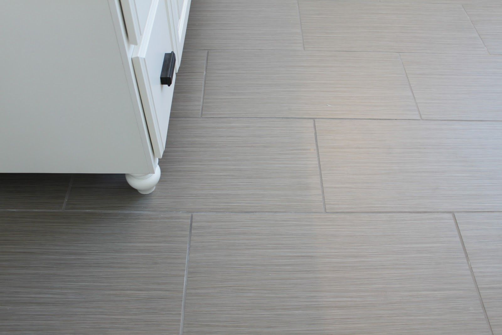Grey rectangular tiles with medium colour grout and some texture floor tile patterns dailygadgetfo Choice Image