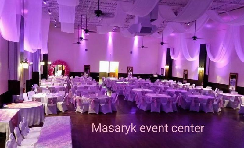 Masaryk Event Center El Espacio Perfecto Para La Celebracion De Tu Recepcion De Boda Quinceanera Graduacion O Prom Aniversario O Event Center Event Wedding