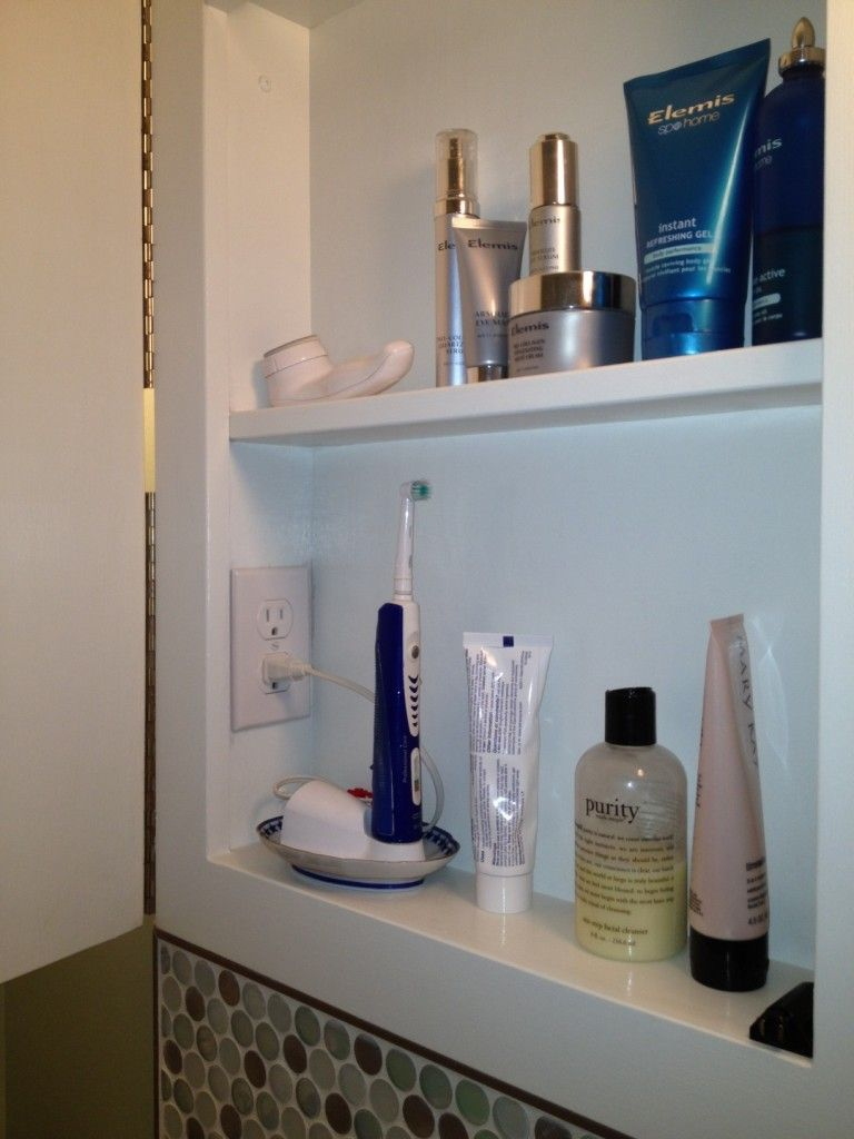 Delicieux Bathroom Clutter {Buster}   Install An Outlet Inside The Medicine Cabinet,  Allowing An Electric Tooth Brush And/or Electric Razors To Be Charged While  Being ...