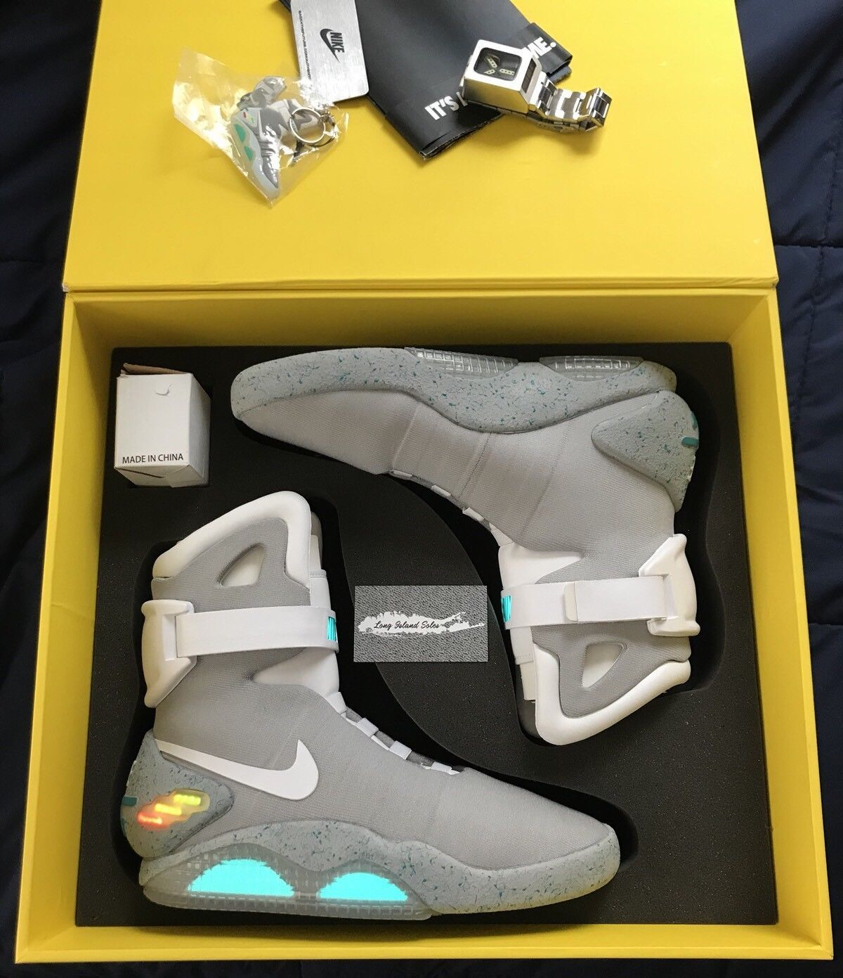 BRAND NEW Nike Air Mag 2011 With Flux Capacitor Watch Back
