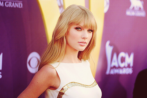 way to go, entertainer of the year! #taylor swift