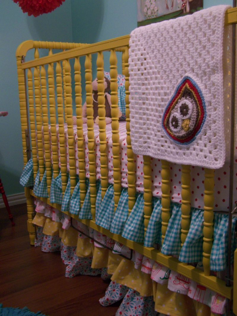 Beautiful And Cute Jenny Lind Baby Cribs Collection : Witching Yellow Cherry  Hill Cottage Jenny Lind Baby Crib Design Inspiration In Turquoise Wall  Painting ...