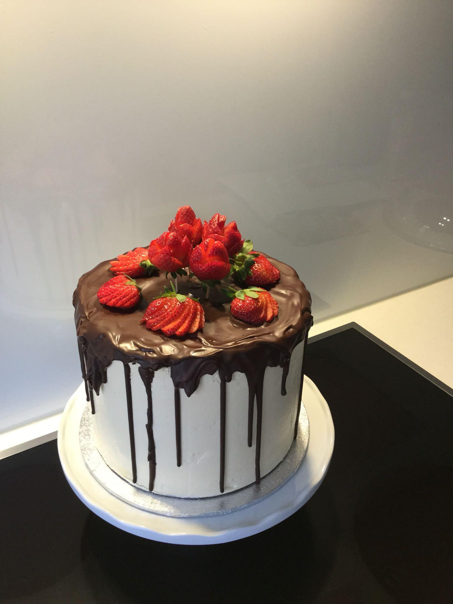 Family birthday Chocolate mud cake with Vanilla Swiss Meringue