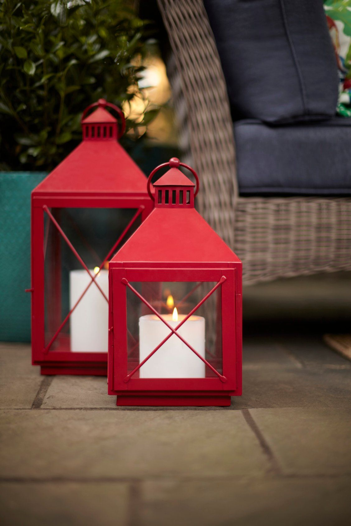 Allen Roth 9 In X 19 3 In Red Powder Coated Metal Pillar Candle Outdoor Decorative Lantern Lowes Com Red Patio Decor Patio Decor Outdoor Decorative Lanterns